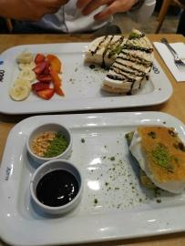 Mado Café